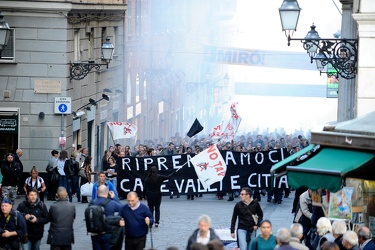 corteo anarchici case GE27102012