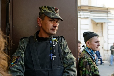 Kiev - Gay intolerance - The militias controlling Maidan assault